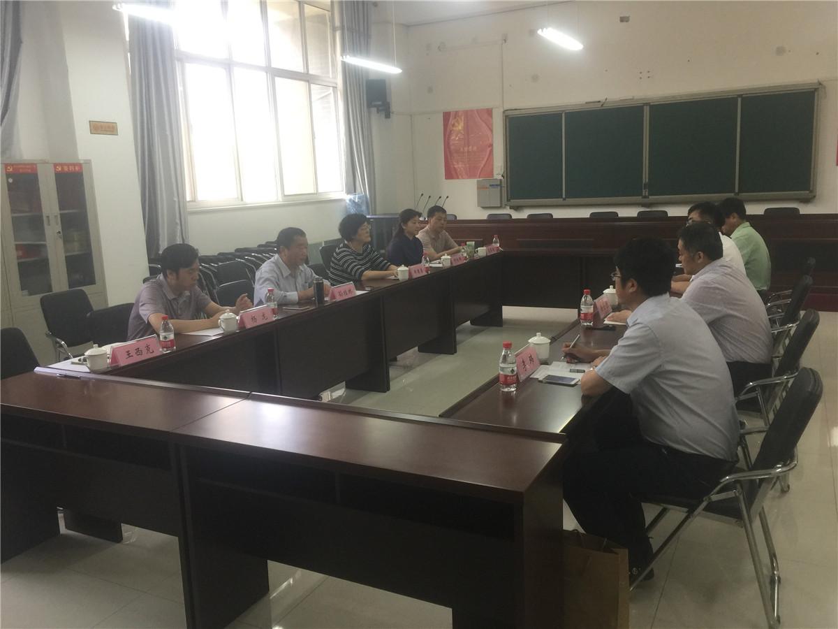 长春师范高等专科学校党委书记赵春城一行到我校参观学习